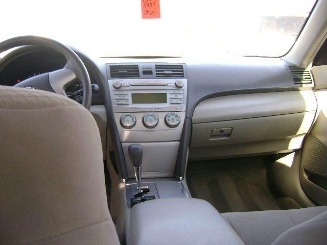 2009 Toyota Camry LE 4dr Sedan 5A - Central Islip NY