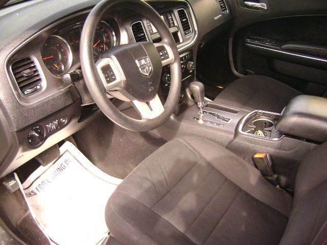 2013 Dodge Charger SE 4dr Sedan - Central Islip NY