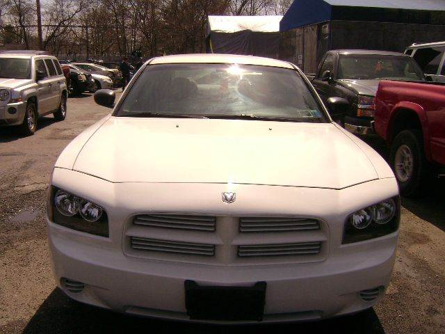 2006 Dodge Charger SE 4dr Sedan - Central Islip NY