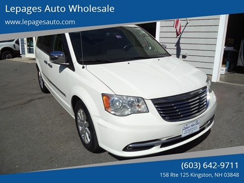 2011 Chrysler Town and Country for sale in Kingston, NH
