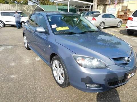 2009 Mazda MAZDA3 for sale at Midtown Motor Company in San Antonio TX