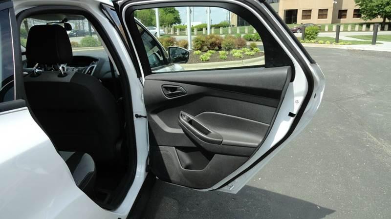 2012 Ford Focus SE 4dr Sedan - Springfield MO