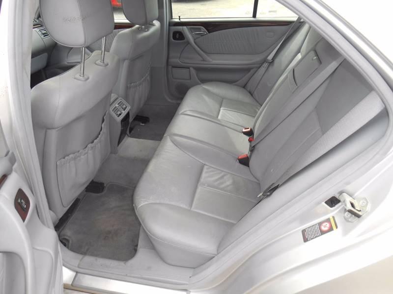 2001 Mercedes-Benz E-Class AWD E 320 4MATIC 4dr Sedan - Columbus OH