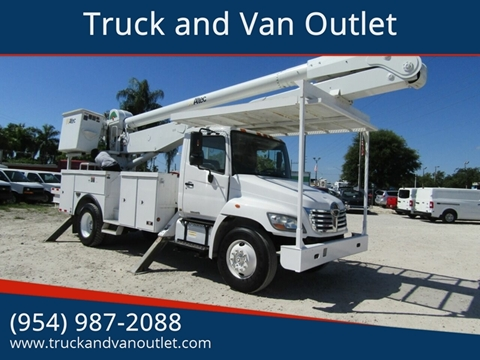 2009 Hino 338 for sale in Hollywood, FL