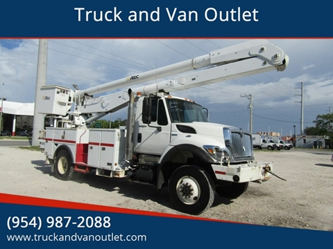 2009 International WorkStar 7300 for sale in Hollywood, FL