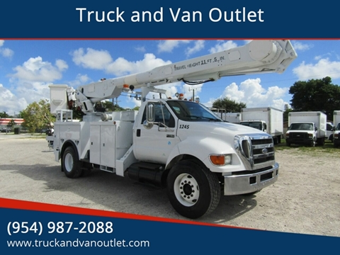 2006 Ford F-750 Super Duty for sale in Hollywood, FL