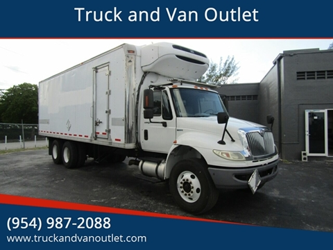 2010 International DuraStar 4400 for sale in Hollywood, FL