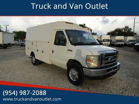 2008 Ford E-Series Chassis for sale in Hollywood, FL