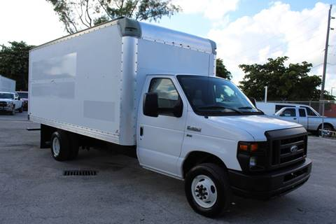 2012 Ford E-Series Chassis for sale in Miami, FL