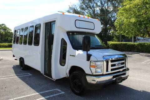 2015 Ford E-Series Chassis for sale at Truck and Van Outlet - Miami in Miami FL