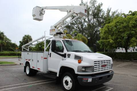 2008 GMC C5500 for sale at Truck and Van Outlet - Miami in Miami FL