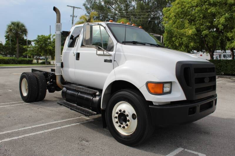 2006 Ford F-650 Super Duty for sale at Truck and Van Outlet - Miami in Miami FL