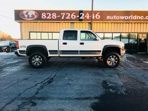 2001 Chevrolet Silverado 1500HD for sale at AutoWorld of Lenoir in Lenoir NC