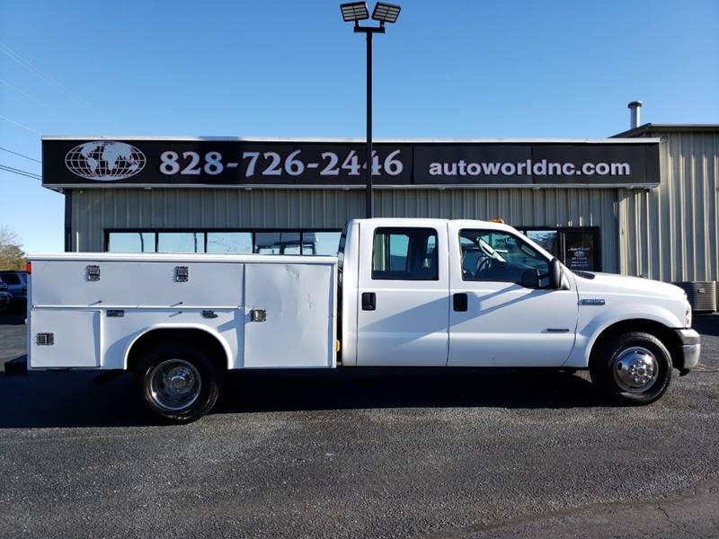 2006 Ford F-350 Super Duty for sale at AutoWorld of Lenoir in Lenoir NC