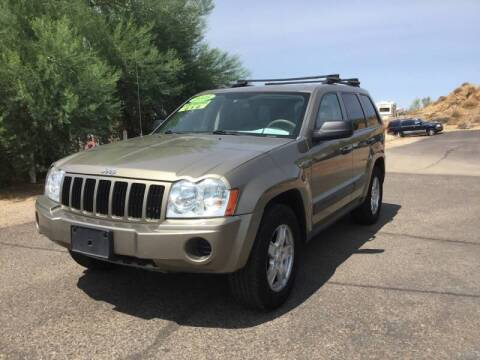 2005 Jeep Grand Cherokee for sale at Ideal Cars Broadway in Mesa AZ