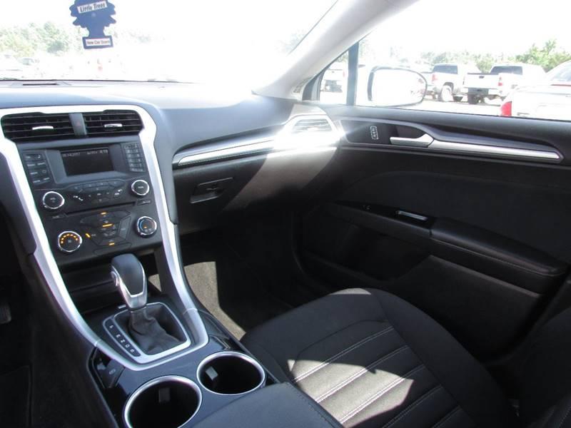2014 Ford Fusion SE 4dr Sedan - Salem AR