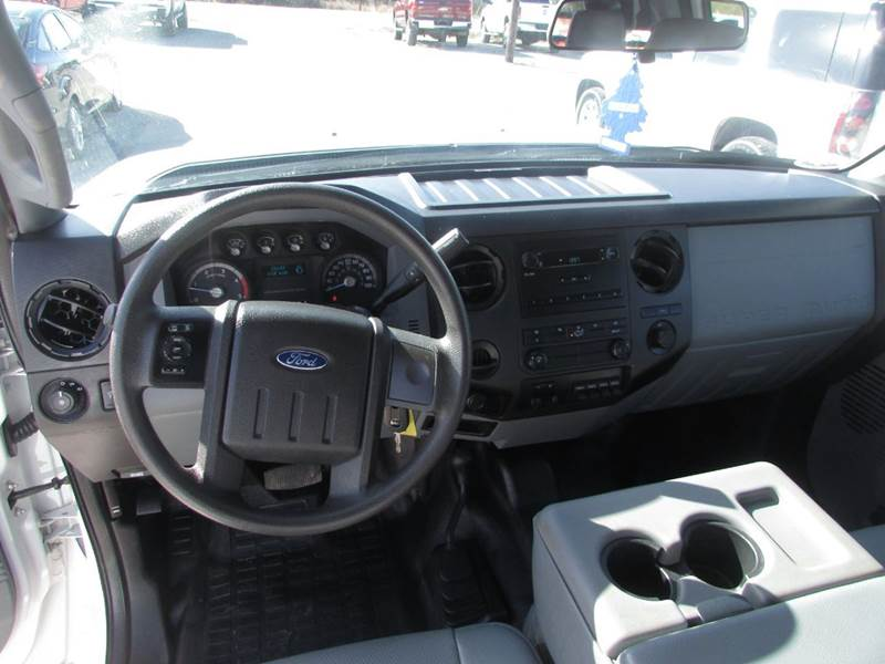 2016 Ford F-350 Super Duty 4x4 XL 4dr Crew Cab 176 in. WB DRW Chassis - Salem AR
