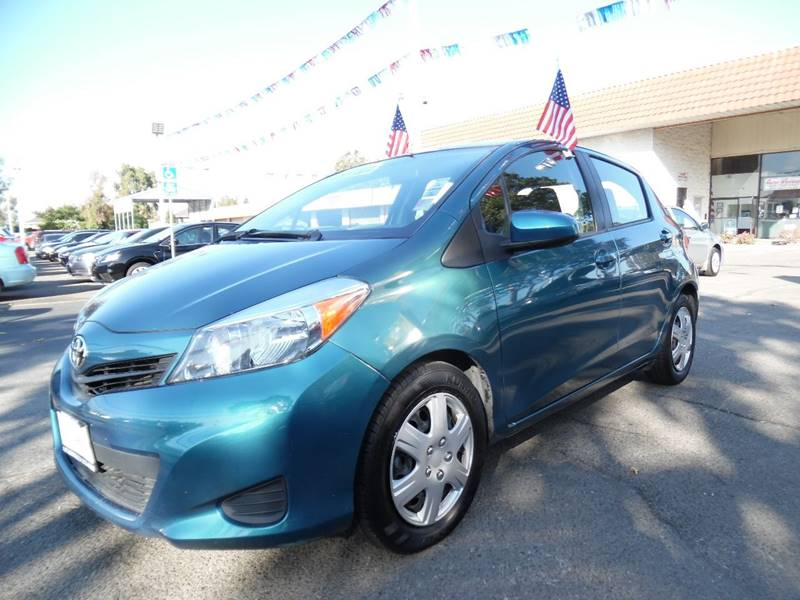 2014 TOYOTA YARIS 5 DOOR LE 4DR HATCHBACK blue need financing we can help call now call today