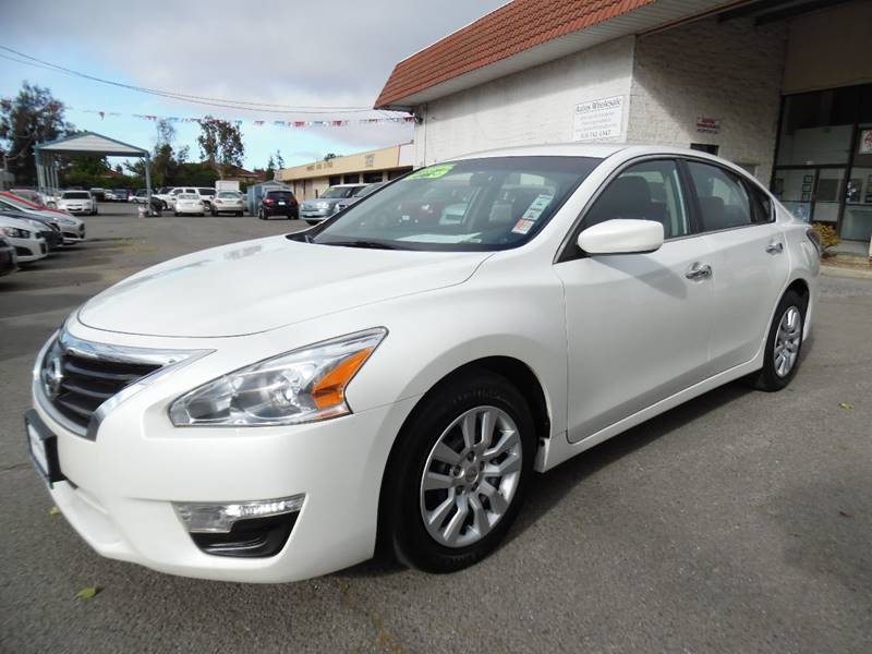 2012 NISSAN ALTIMA 25 S 4DR SEDAN white need financing we can help call now call today call
