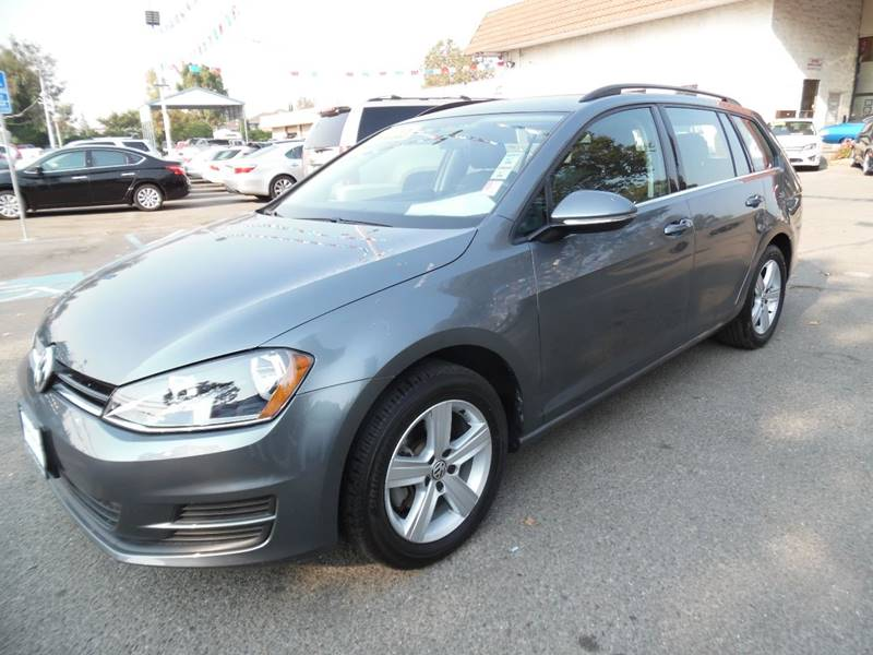 2015 VOLKSWAGEN GOLF SPORTWAGEN TDI S 4DR WAGON 6A gray need financing we can help call now ca