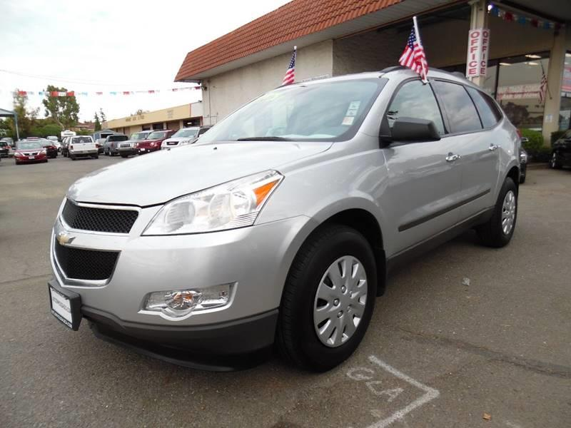 2011 CHEVROLET TRAVERSE LS AWD 4DR SUV silver need financing we can help call now call today