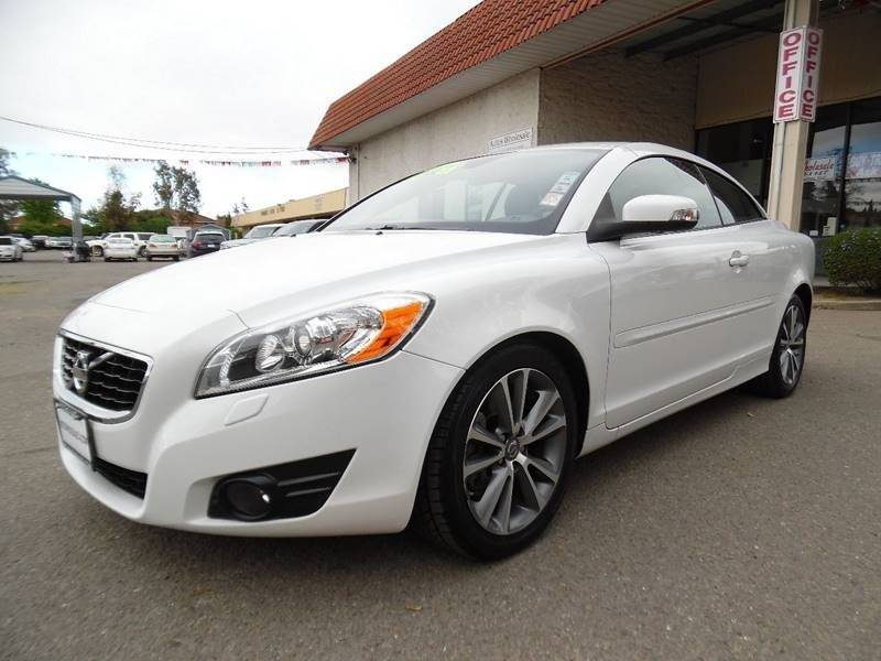 2011 VOLVO C70 T5 2DR CONVERTIBLE white need financing we can help call now call today call t