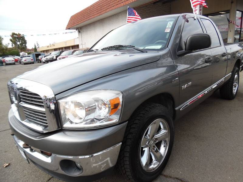 2008 DODGE RAM PICKUP 1500 SLT 4DR QUAD CAB SB RWD gray need financing we can help call now ca