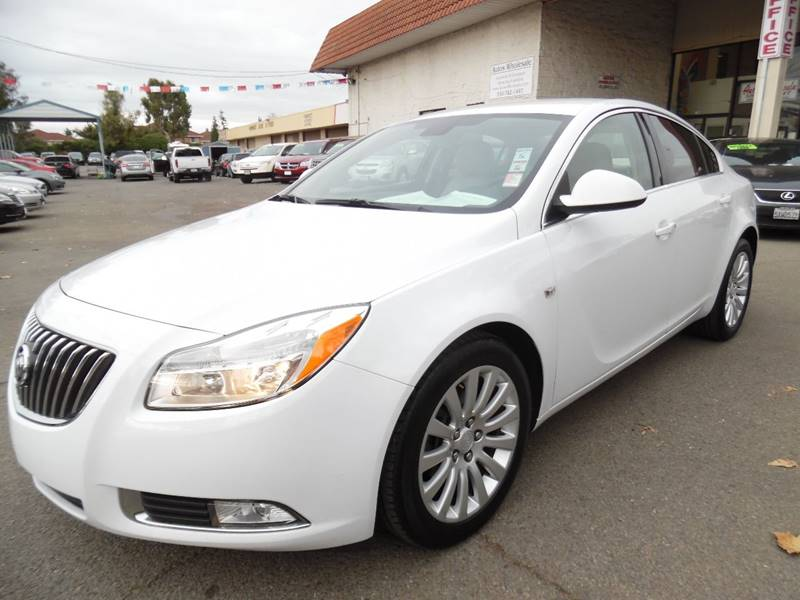 2011 BUICK REGAL CXL 4DR SEDAN WRL1 CAN white need financing we can help call now call toda