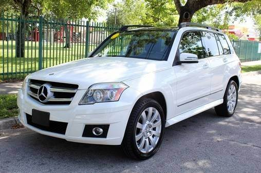2010 MERCEDES-BENZ GLK GLK350 4DR SUV white need financing we can help call now  call today