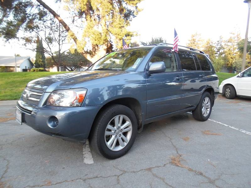 2006 TOYOTA HIGHLANDER HYBRID BASE 4DR SUV blue need financing we can help call now  call toda