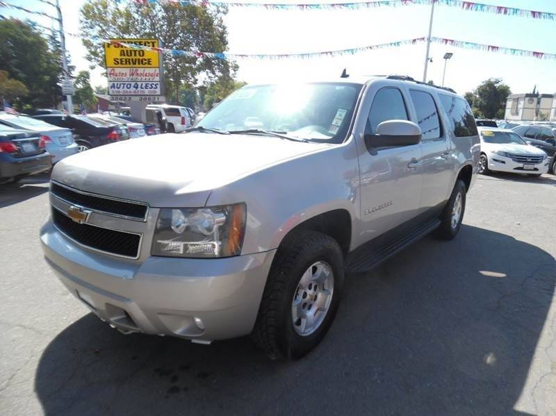2009 CHEVROLET SUBURBAN LT 1500 4X4 4DR SUV W 2LT tan need financing we can help call now cal