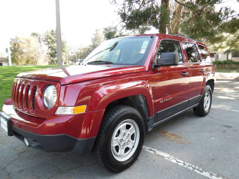 2014 JEEP PATRIOT SPORT 4X4 4DR SUV red need financing we can help call now call today call t
