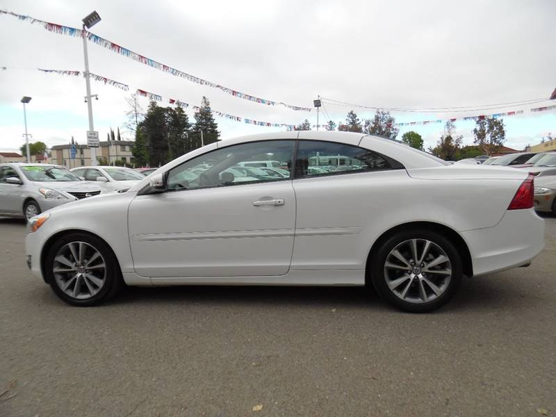 2011 Volvo C70 T5 2dr Convertible - Fremont CA
