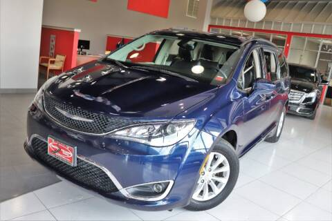 2017 Chrysler Pacifica for sale at Quality Auto Center in Springfield NJ