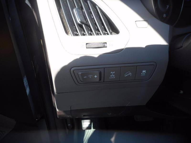 2012 Hyundai Tucson AWD GLS 4dr SUV - Auburndale WI