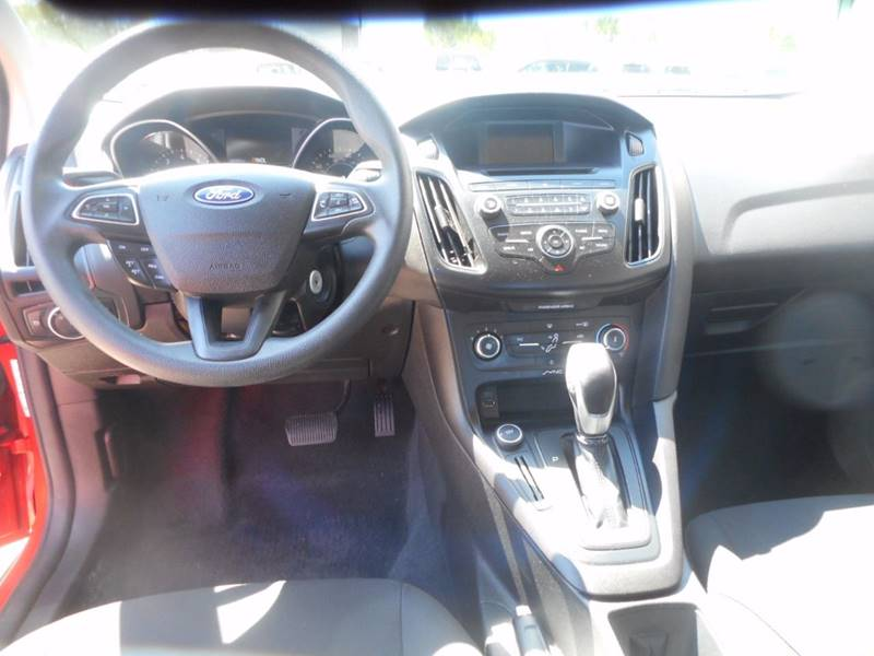 2015 Ford Focus SE 4dr Sedan - Auburndale WI