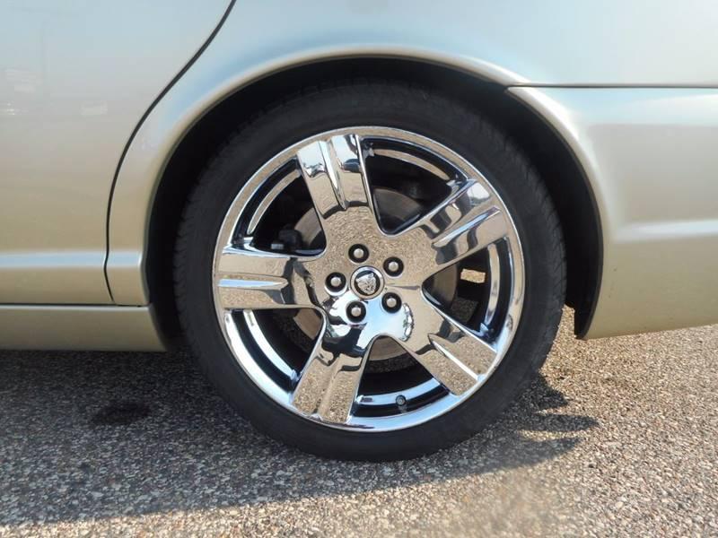 2008 Jaguar XJ-Series XJ8 4dr Sedan - Auburndale WI