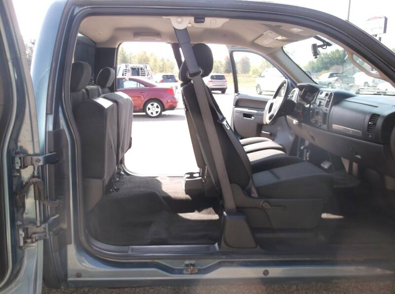 2011 Chevrolet Silverado 1500 4x4 LT 4dr Extended Cab 6.5 ft. SB - Auburndale WI