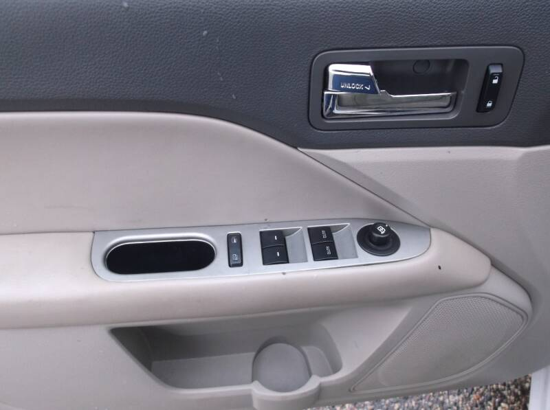 2012 Ford Fusion SEL 4dr Sedan - Auburndale WI