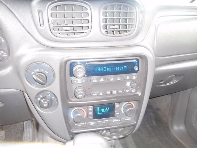 2004 Chevrolet TrailBlazer EXT LT 4WD 4dr SUV - Auburndale WI