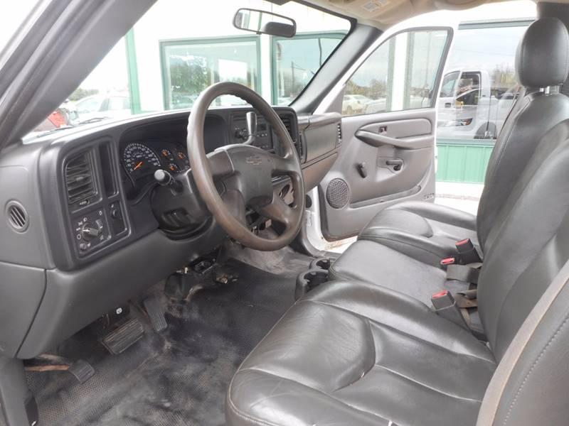 2004 Chevrolet Silverado 2500HD 2dr Standard Cab Rwd LB - Auburndale WI