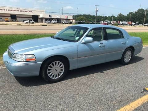 2005 Lincoln Town Car for sale at Double K Auto Sales in Baton Rouge LA