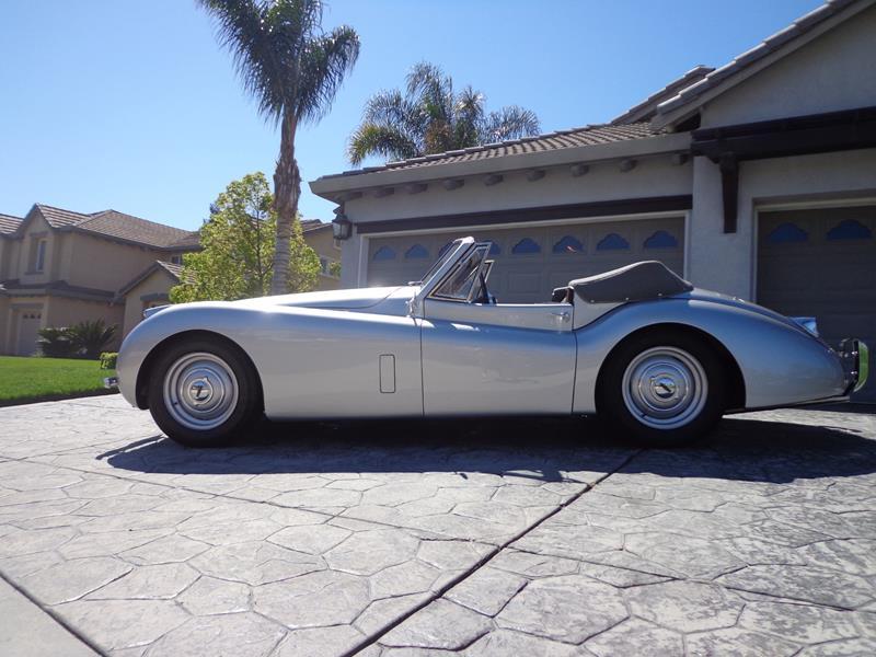 1954 Jaguar XK120 4