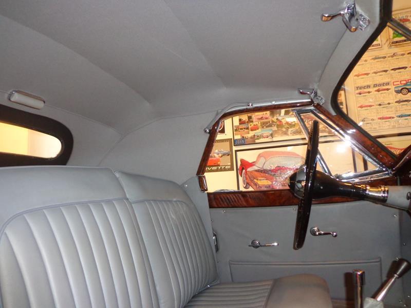 1954 Jaguar XK120 29