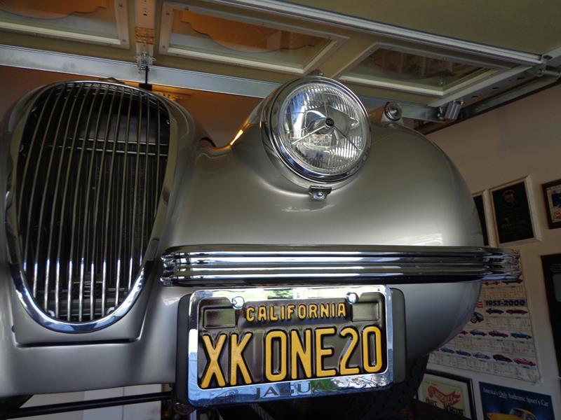 1954 Jaguar XK120 14