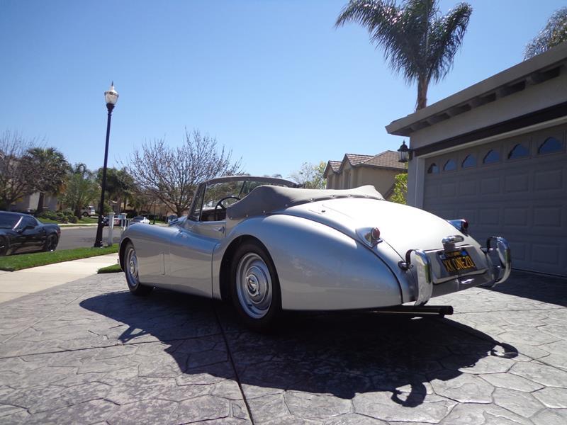 1954 Jaguar XK120 6