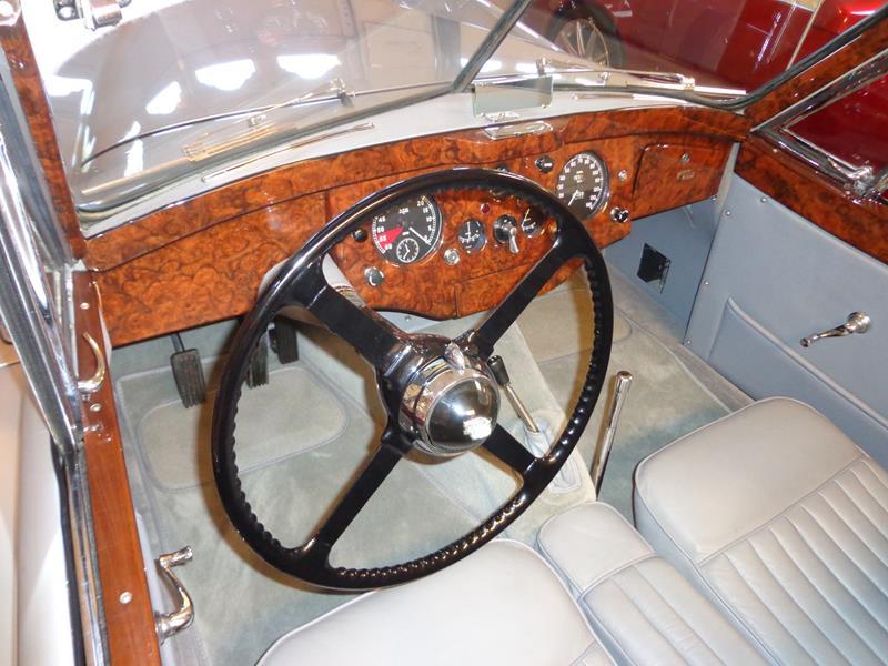 1954 Jaguar XK120 24