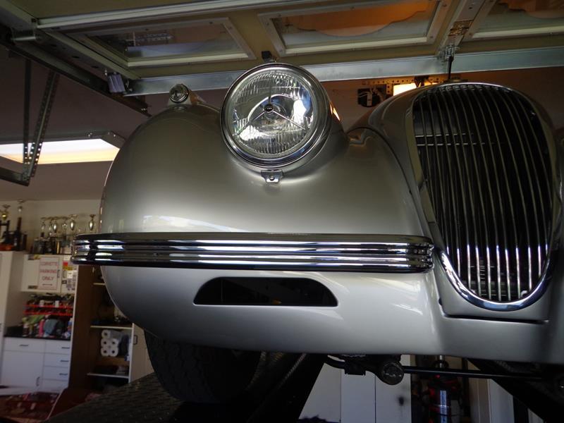 1954 Jaguar XK120 13