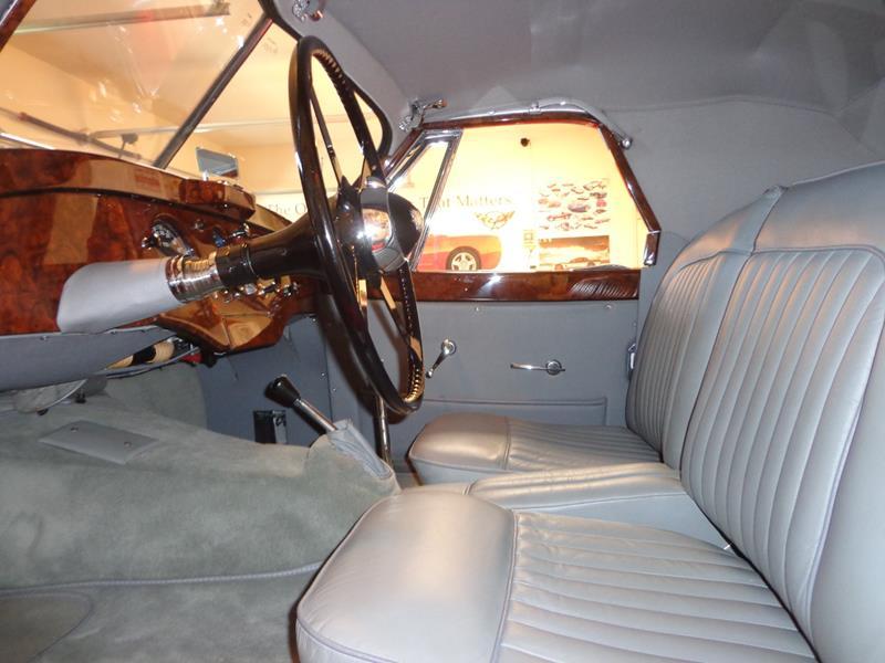 1954 Jaguar XK120 30