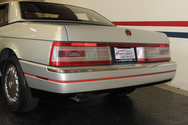 1987 Cadillac Allante 11